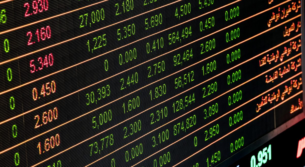 Currency figures on electronic board